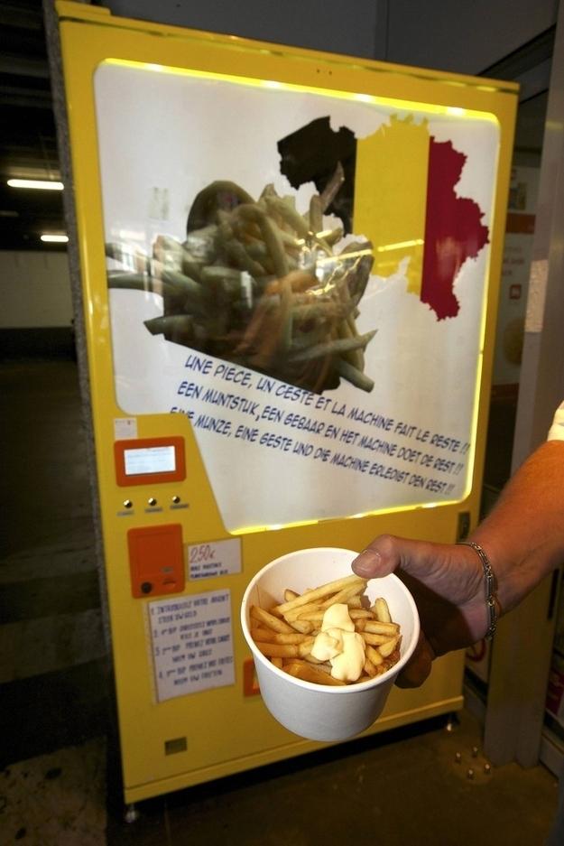 Fresh-Fries Fry Vending Machine In Belgium