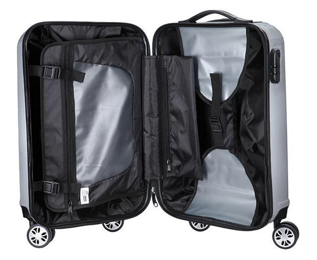 game-boy-luggage-2