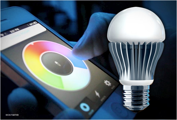 Smart Bulb Changes Color Through Your Smart Phone