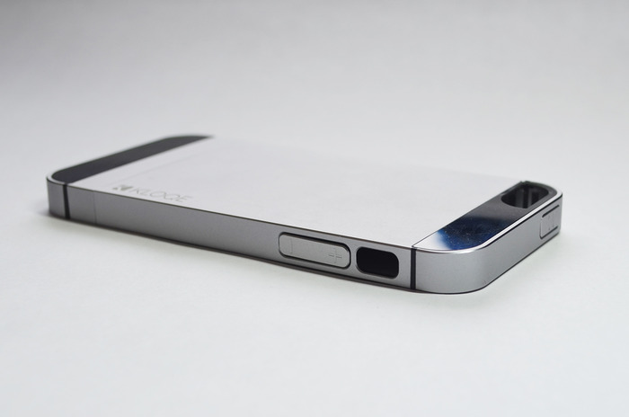 Kloqe, World's First All-Aluminum iPhone Case