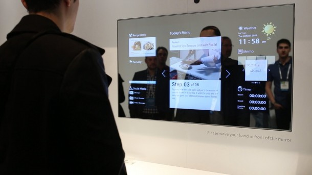 Toshiba Unveils A Smart Mirror