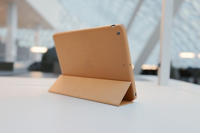 Apple-iPad-Air-Leather-Smart-Case-01