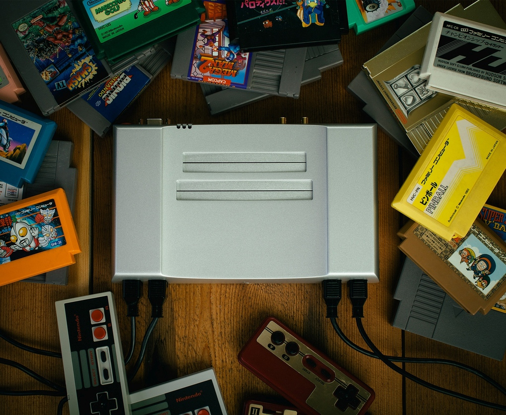 Aluminum Nintendo Entertainment System (1)