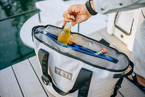 YETI Hopper Carryable Cooler Bag