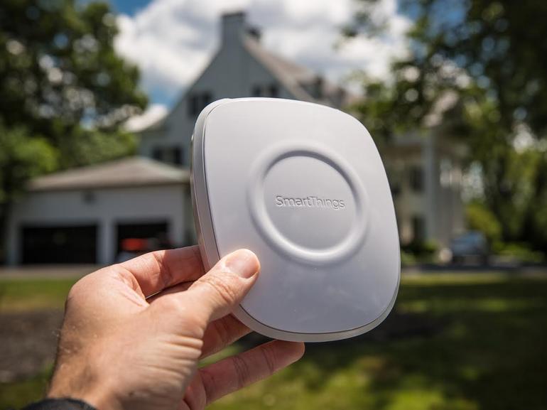 smartthings-hub-outside