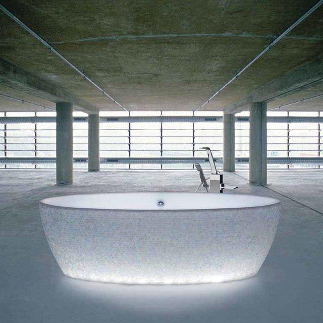 Best Tub Ever, Mosaic Lighting Tub