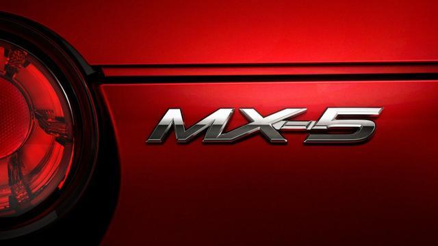 2016-mazda-mx-5-miata-11
