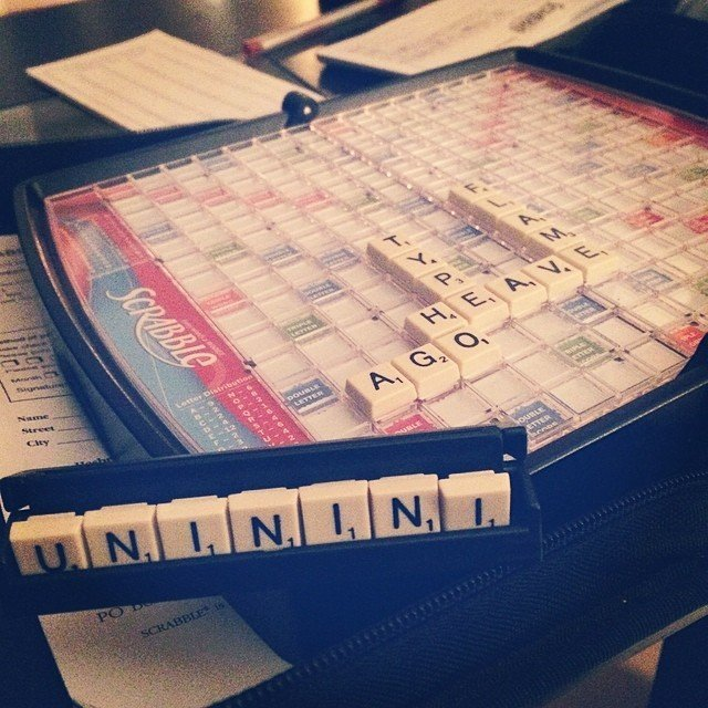 Travel Scrabble, That's What You Need When Travelling Not a Smartphone