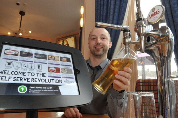 Britain Introduced First iPub Where You Can Pour Your Own Pint