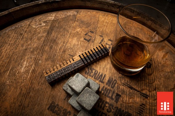 Age Your Whiskey In Just 24 Hours (1)