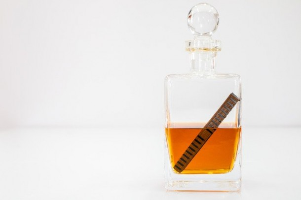 Age Your Whiskey In Just 24 Hours (4)