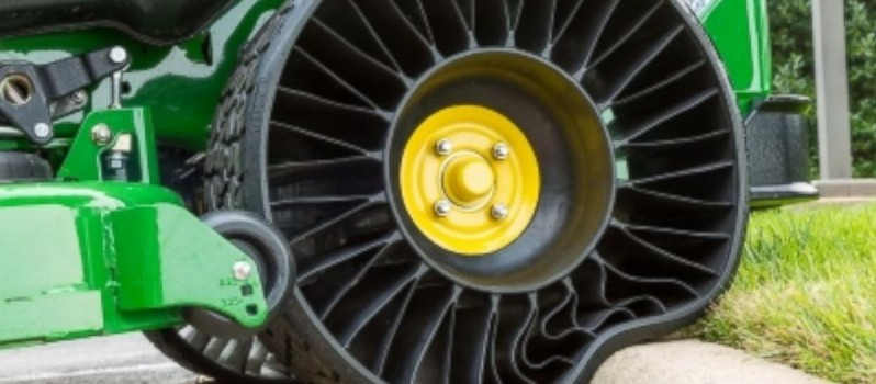 Michelin Unveils Tweel- An Airless Tyre