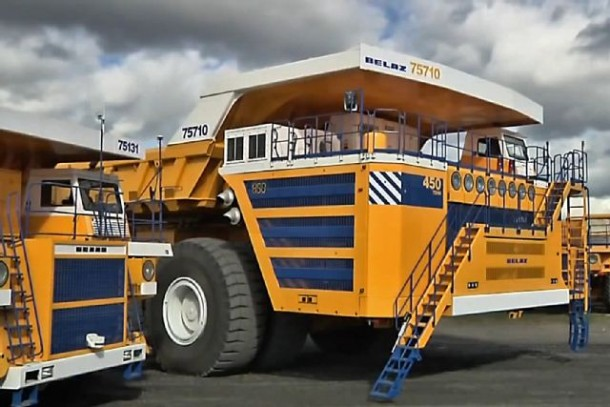 World's Largest Dump Truck >> The World S Biggest Dump Truck With The Biggest Dump You