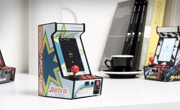 The Worlds Smallest Arcade Game – Nanoarcade (2)