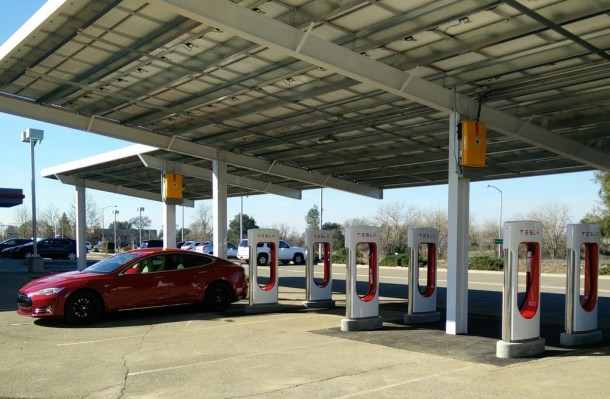 Tesla's First Solar Powered Supercharger Setting Up In California