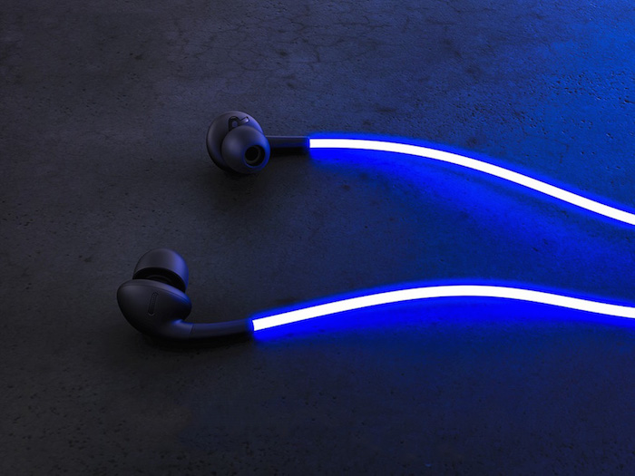 smart-headphones-with-laser-light-001