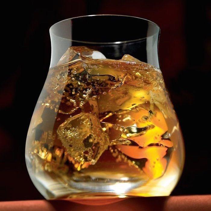 Glencairn-Wide-Bowl-Whiskey-Glasses-01