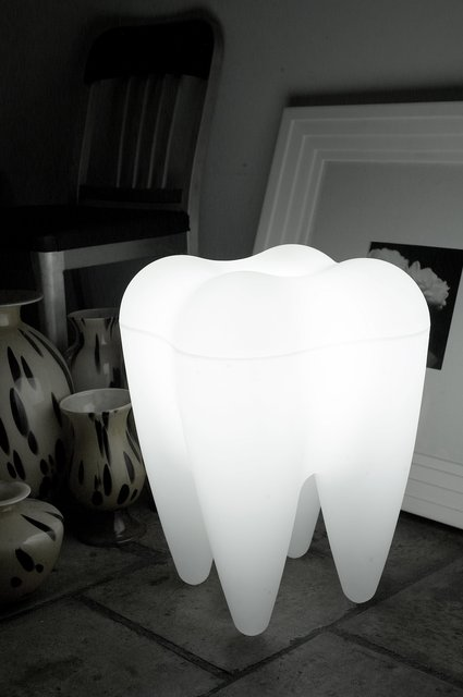 Tooth Lamp by PROPAGANDA