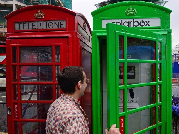 London Booths Are Converted into Solar Charging Stations For Mobiles (2)