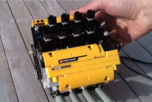 This Mini V8 Engine Has Been Build Using Lego!