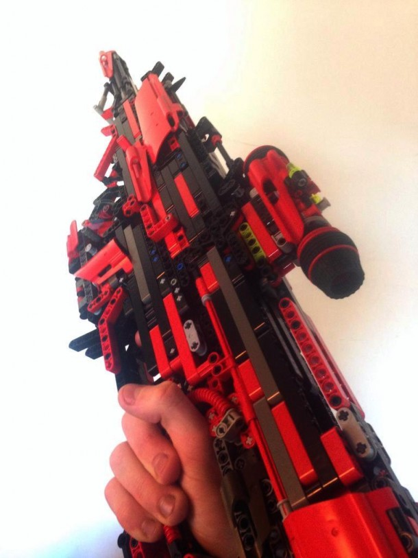 Fully Working Gun Out Of Lego (1)