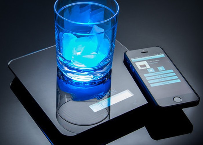 Barman II Smartphone Connected Cocktail Mixing Platform
