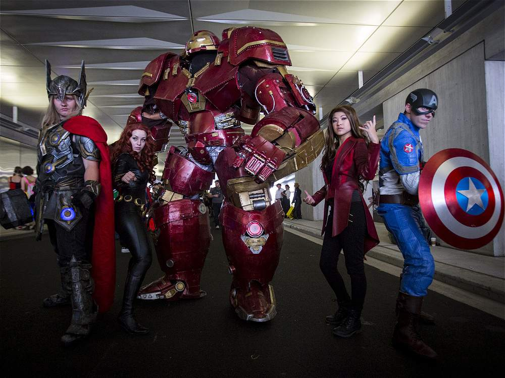 9 Feet Tall Iron Man Cosplay Suit