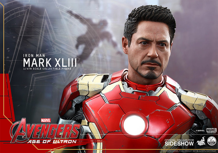 Hot Toys 1/4th Scale IRON MAN Action Figure