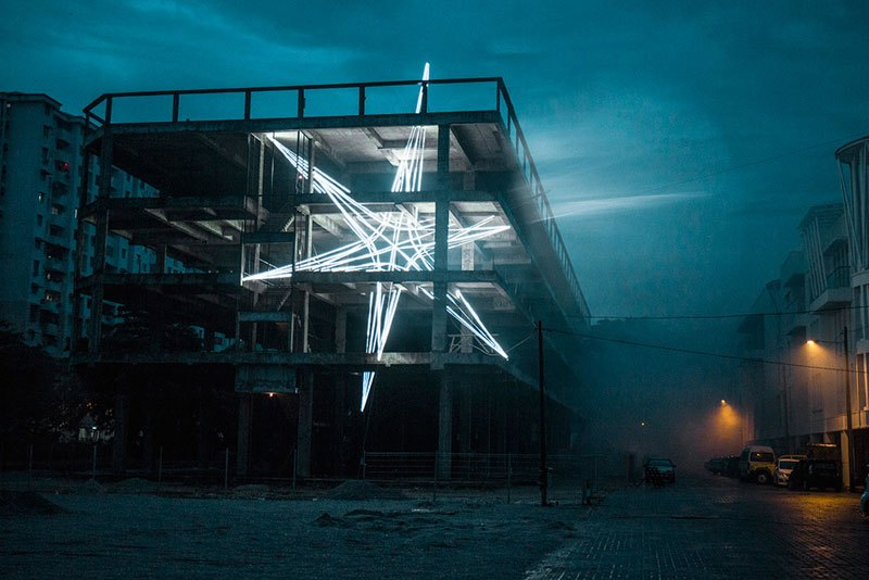 Giant 4-Story LED Star Installed By an Artist