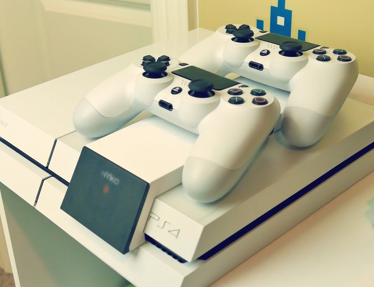 Nyko – Modular Charge Station for PS4