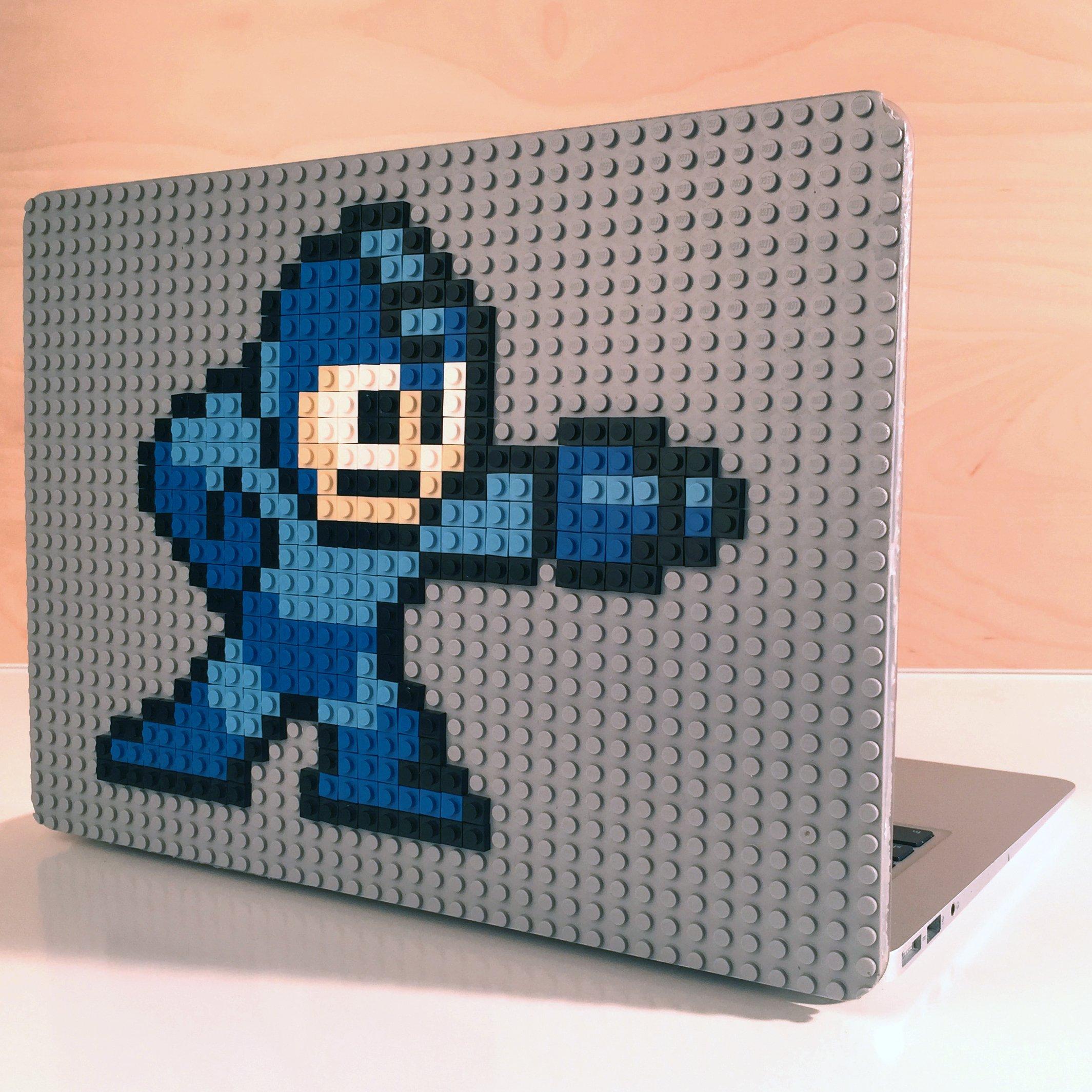 World's First Customizable Macbook Case