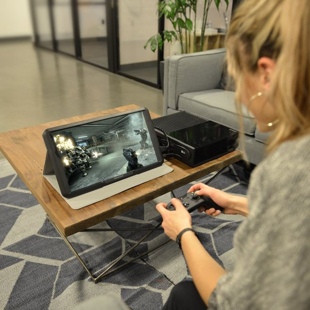 HD LED Portable Gaming Monitor