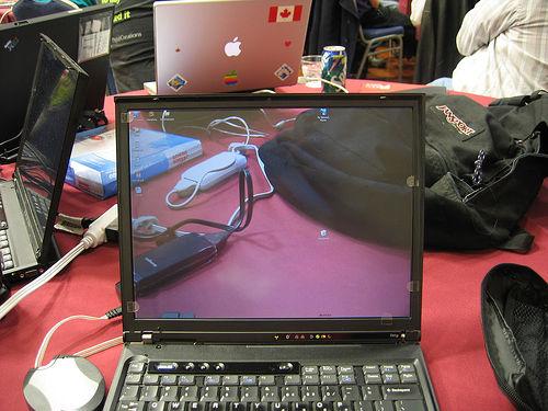 Transparent laptop screen (11)
