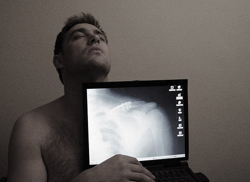 Transparent laptop screen (5)