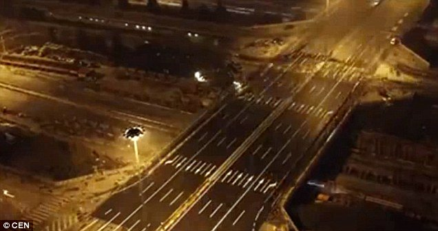 Chinese Engineers Dismantle and Rebuild Bridge In 43 Hours