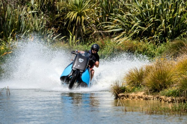 Motorcycle Which Can Transform Into A Jet-Ski (2)