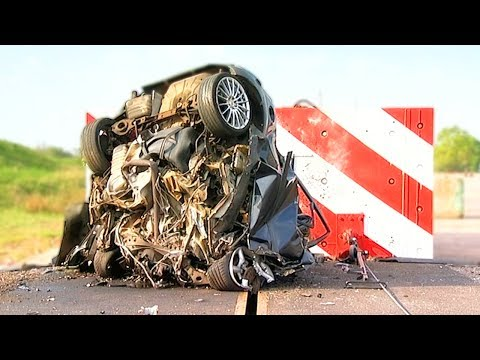 World's Fastest Car Crash Test at 120 Mph