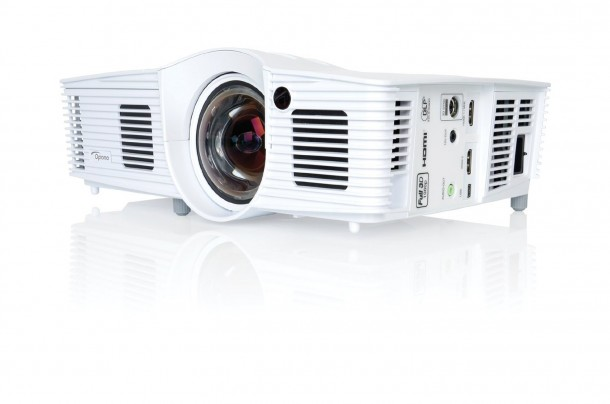 10-Best-Gaming-Projectors-7-610x404