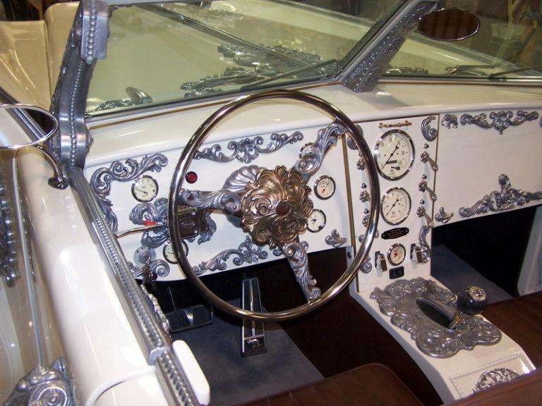 6-Wheeled Iconic car league of extra ordinary gentlemenL