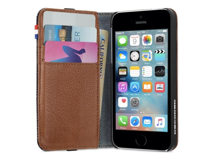 decoded-leather-wallet