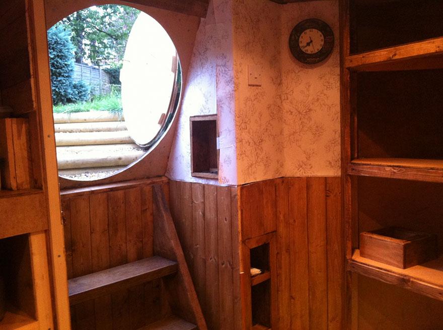 diy-hobbit-house-backyard-ashley-yeates-8