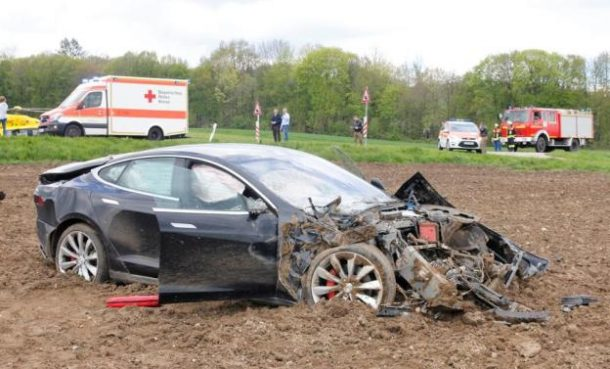 Tesla Model S accident