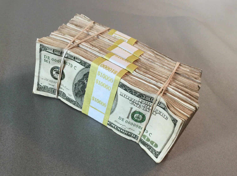 $500,000 Duffle Bag of Prop Money