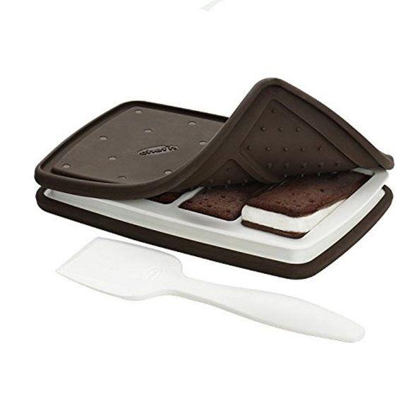 ice-cream-sandwich-maker-2-595×595