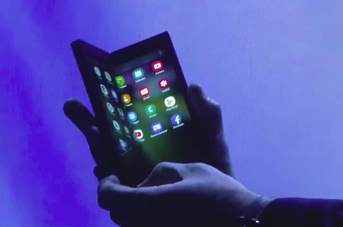 Samsung New Foldable Smartphone