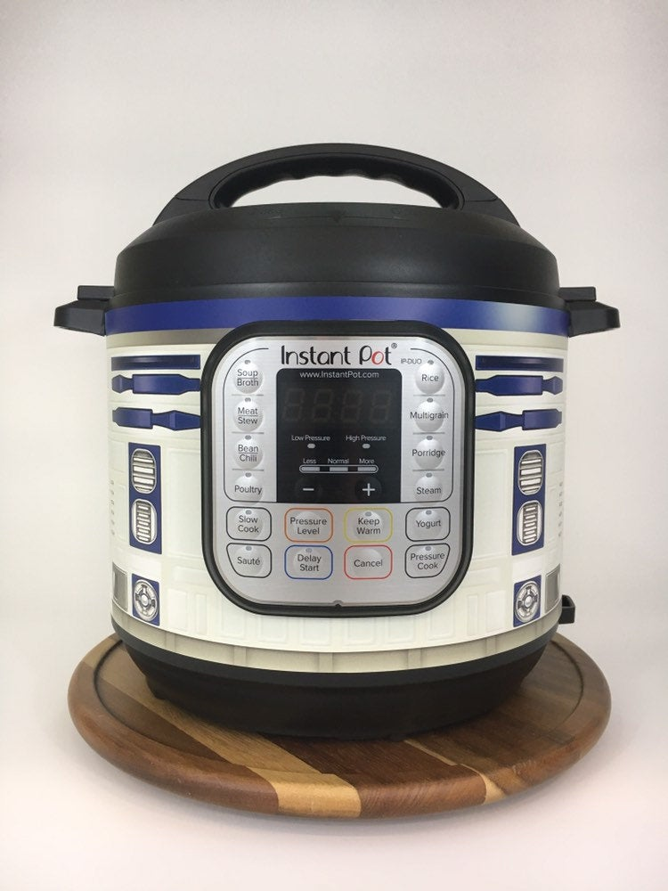Instant Pots Into R2-D2 or BB-8